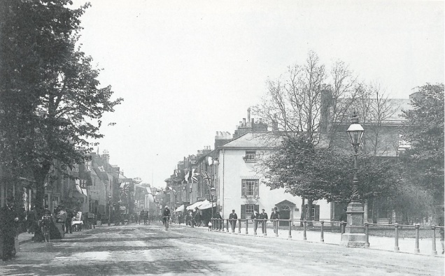 St Peter's Hll in 1900 - taken from A Pictoral History of Grantham