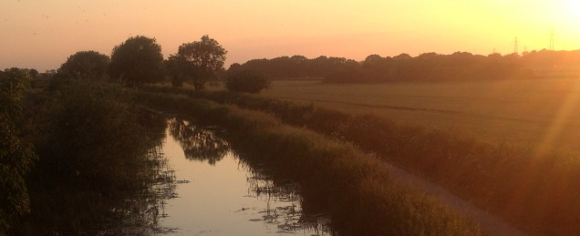 Sunset along Grantham Canal